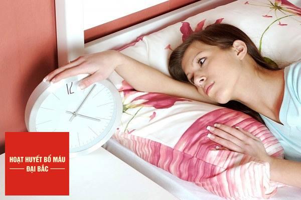 Huyết áp thấp gây khó ngủ