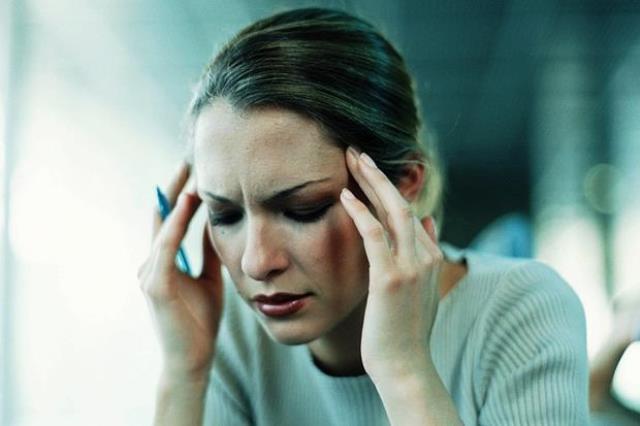 3/4 phụ nữ bị đau đầu vì bệnh rối loạn tuần hoàn não