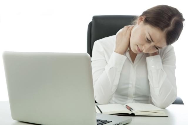Phụ nữ trong độ tuổi 30 – 45 tuổi, làm việc văn phòng là đối tượng dễ bị thiếu máu não