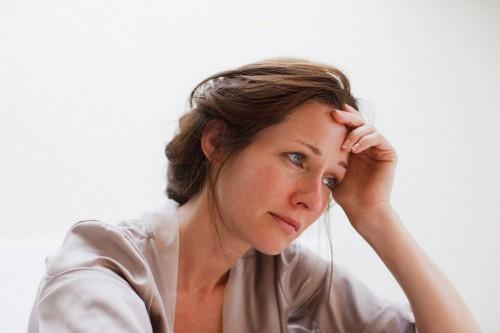 Triệu chứng và cách điều trị trầm cảm tuổi mãn kinh