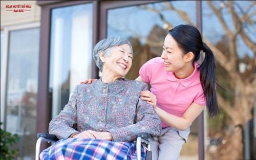 Kế hoạch chăm sóc sức khỏe ở người cao tuổi