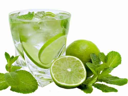 Nước tiêu, chanh giúp giảm hoa mắt chóng mặt