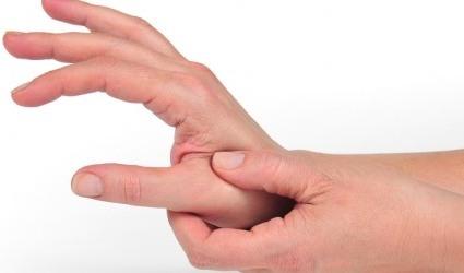 Bệnh tê bàn tay là gì