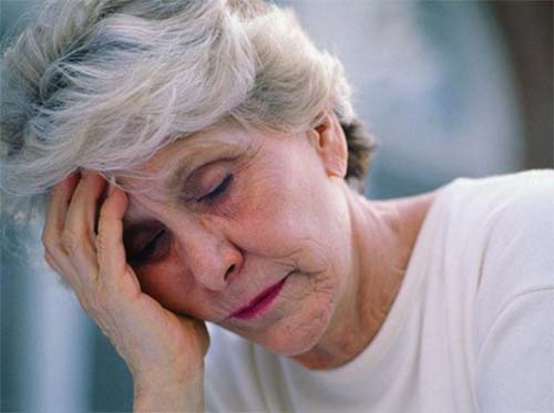 Phụ nữ tiền mãn kinh dễ bị bệnh mất ngủ