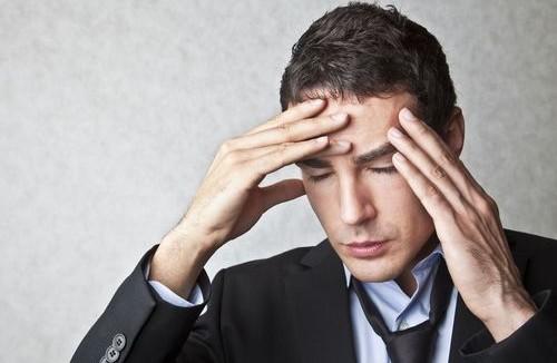 Nguyên nhân dẫn đến đau nửa đầu bên phải