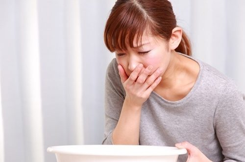 Chóng mặt, buồn nôn là triệu chứng bệnh gì? 1