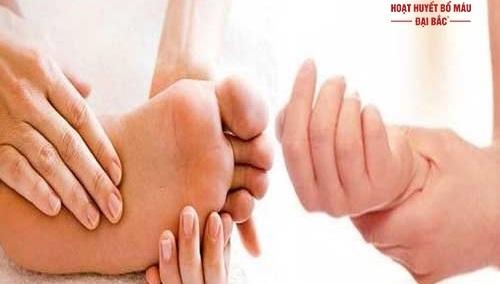 Hiện tượng tê mỏi chân tay khi ngủ