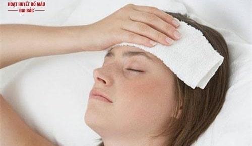Bị nhức đầu ở vùng trán