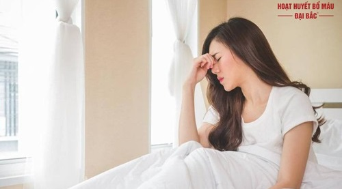 Sau khi ngủ dậy bị chóng mặt
