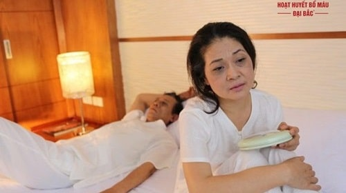 Cách trị chứng khó ngủ vào ban đêm