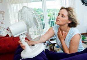 5 nguyên nhân gây mất ngủ trong mùa hè và cách cải thiện