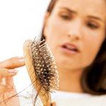 Vì sao thiếu máu não gây rụng tóc?