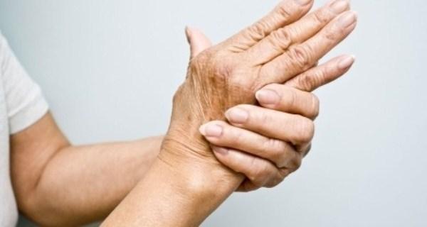 Khi bị tê bì chân tay uống thuốc gì hiệu quả nhất?