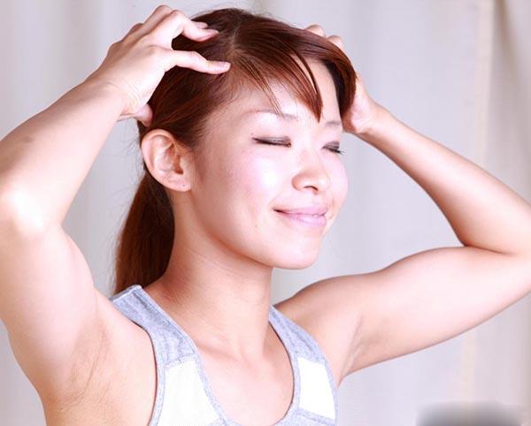 Bài tập massage đầu cho người lưu thông máu lên não kém