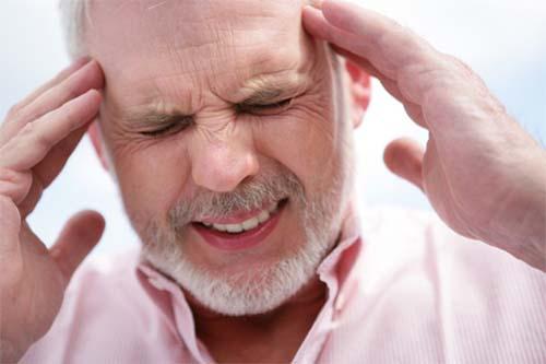 Vì sao đau đầu thường xuyên dễ bị rối loạn vận mạch?