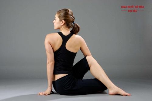 Bài tập yoga trị mất ngủ lê na