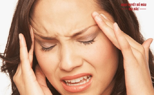Bị thiểu năng tuần hoàn não triệu chứng