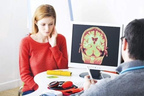 Bị teo não là bệnh gì