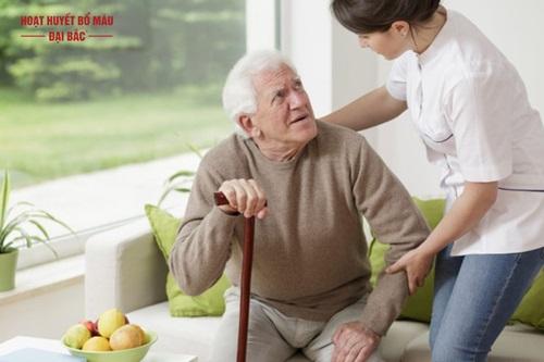 Cách chăm sóc bệnh nhân sa sút trí tuệ