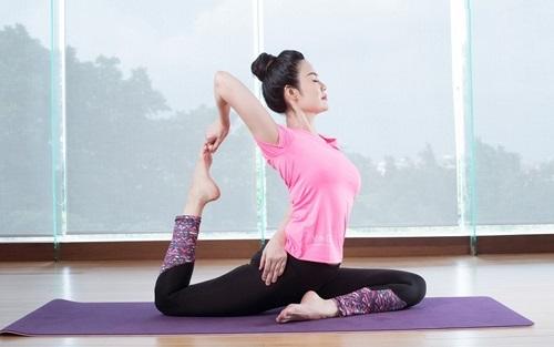 Yoga đau mỏi vai gáy nguyễn hiếu