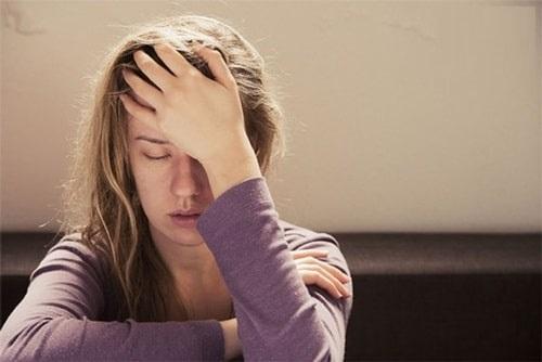 Nguyên nhân bị nhức đầu mất ngủ
