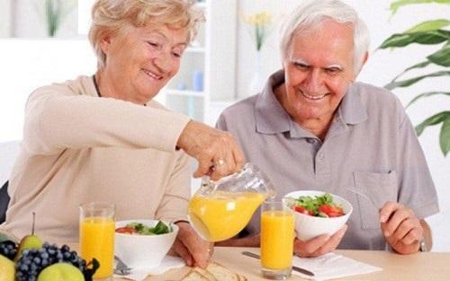 Các bệnh người cao tuổi thường gặp